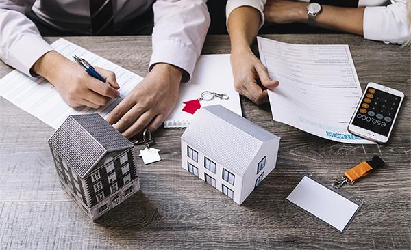 Управление на движими и недвижими активи