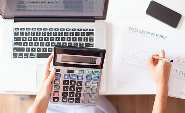 Финанси и Фактуриране